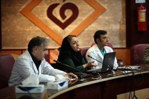 دویست و هفتمین جلسه شورای پژوهشی و اخلاق در پژوهش در مرکز قلب و عروق شهید رجایی: عکس شماره 1 / 12