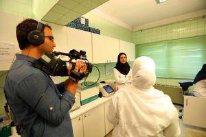 برنامه فوتون-شبکه چهار صدا و سیمای جمهوری اسلامی ایران: عکس شماره 4 / 6