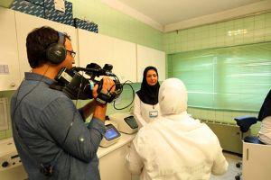 برنامه فوتون-شبکه چهار صدا و سیمای جمهوری اسلامی ایران: عکس شماره 5 / 6