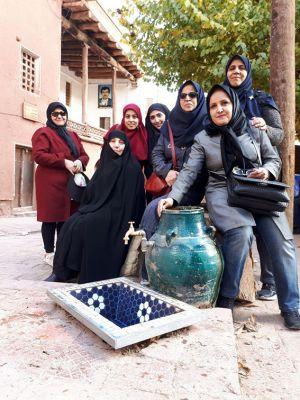 سفر تیم طبیعت گردی مرکز به کاشان ، روستای ابیانه و منظقه کویری: عکس شماره 2 / 12