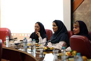 جلسه کمیته مورتالییتی مورخ 20 مهر ماه سال جاری در مرکز قلب و عروق شهید رجایی: عکس شماره 6 / 12