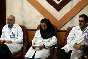 جلسه کمیته مورتالییتی مورخ 20 مهر ماه سال جاری در مرکز قلب و عروق شهید رجایی: عکس شماره 8 / 12