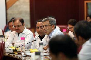جلسه کمیته مورتالییتی مورخ 20 مهر ماه سال جاری در مرکز قلب و عروق شهید رجایی: عکس شماره 9 / 12